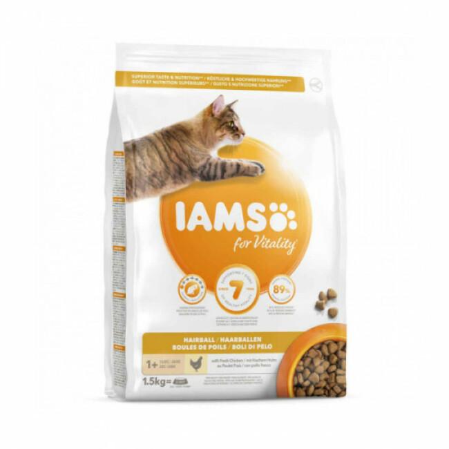 Croquettes IAMS Vitality boules de poils au poulet pour chat