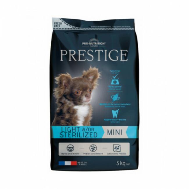 Croquettes Prestige mini adulte Light & Sterilized Flatazor Pro Nutrition pour chien de petite race