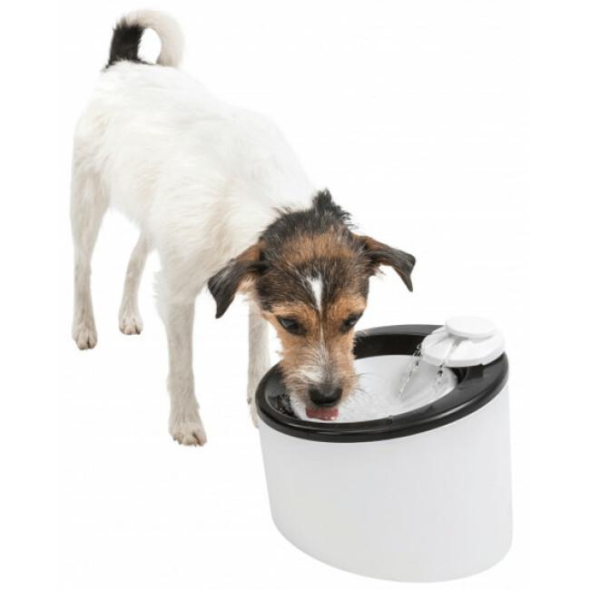 Distributeur automatique d'eau pour chien et chat Triple Flow 2 Litres