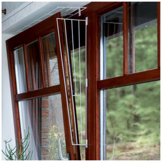 Grille de protection en métal pour fenêtre
