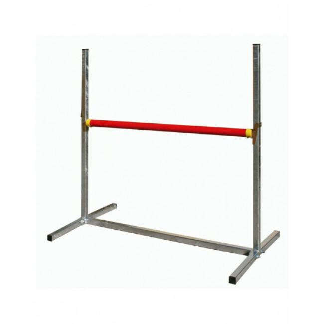 Haie d'obéissance avec une barre rouge et une barre blanche diamètre 4 cm