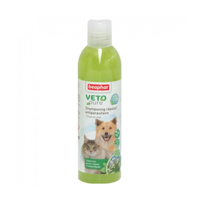 Shampoing insectifuge Véto Pure Beaphar pour chien et chat