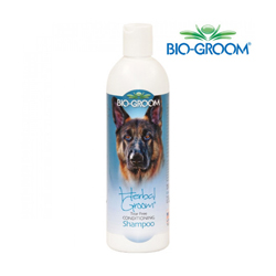 Shampoing Bio Groom Herbal Groom pour pelage chien et chat (DLUO 6 mois)