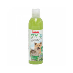 Shampoing insectifuge Véto Pure Beaphar pour chien et chat 250 ml